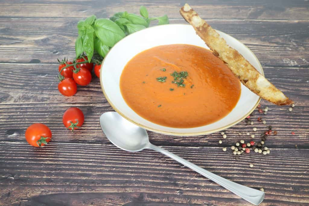 Oven baked tomato soup