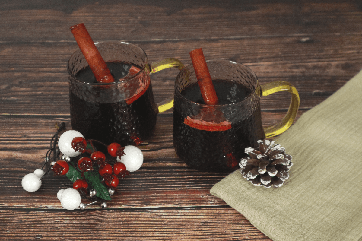Spiced or mulled wine